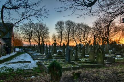 warley-graveyard-hdr